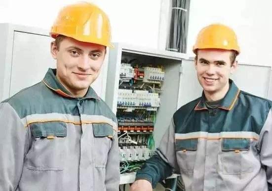 电气工程师挂靠